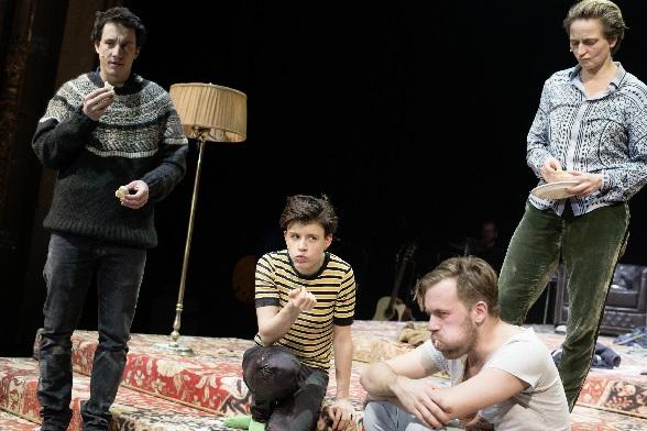 Panikherz, Laurence Rupp, Carina Zichner, Nico Holonics, Bettina Hoppe, Foto Julian Röder, II