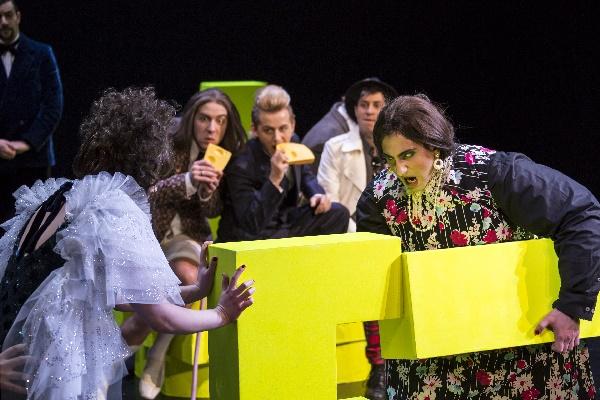 Wilhelma Theater - Viva_la_mamma (C. Kalscheuer) 2