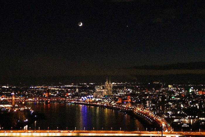Köln 17. Dezember 2020 Jupiter Und Saturn Mit Dem Mond Copyright Andrea Matzker P4890402 (2) Ad