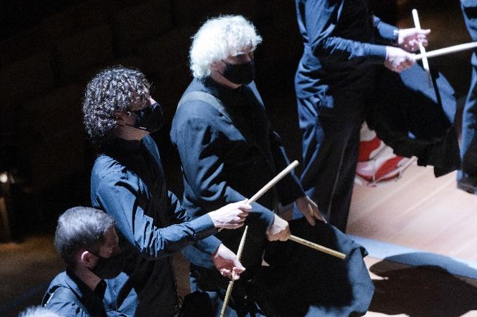 Dso Konzert 7.11., Robin Ticciati Und Simon Rattle Als Trommler, C Peter Adamik, A