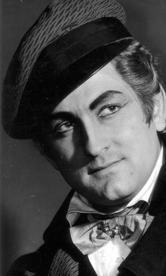 György Korondi Als Hoffman