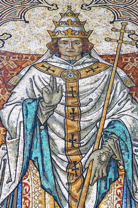 2 dom der papst als oberhaupt der geistlichen welt foto andrea matzker p4910710 (3)