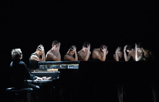 einssein (bigonzetti) ensemble + pianist 2