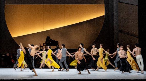 """beethoven projekt ii"", ballett von john neumeier; tänzer: ense"